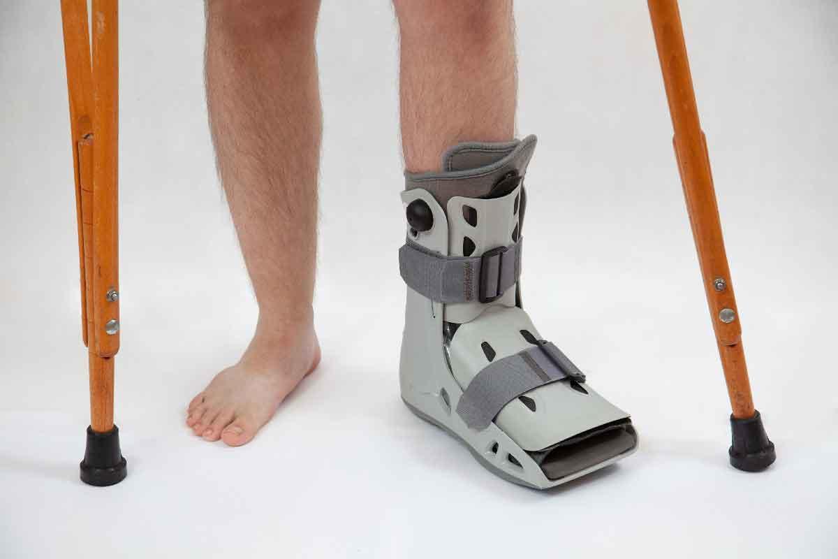 Découvrez l'importance d'une botte orthopédique prescrite par professionnel à Marseille | Établissements Beillon Lespagne